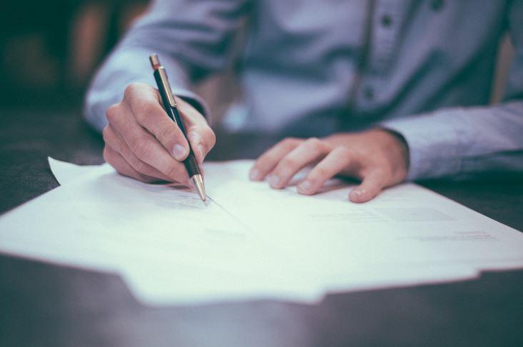 Diferenças entre currículo e carta de apresentação