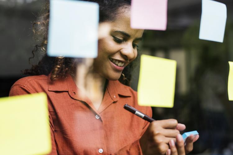Como responder: Pontos fortes e fracos numa entrevista de emprego